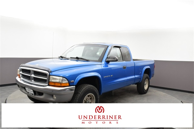 Pre-Owned 1999 Dodge Dakota SLT